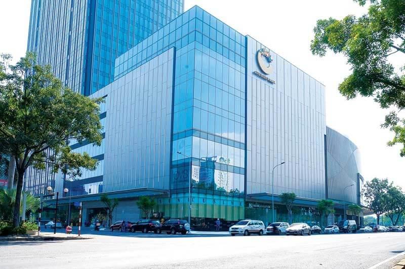 tham-khung-nhom-cao-cap-hhs-tai-trung-tam-thuong-mai-Crescent-Mall
